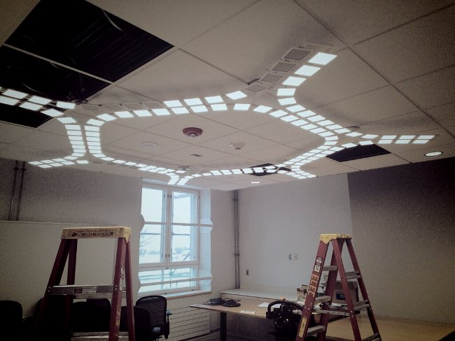 acuity-trilia-OLED-lamp-at-Helsink-US-embassy