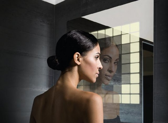 Philips-LivingShapes-interactive-mirror-2.preview